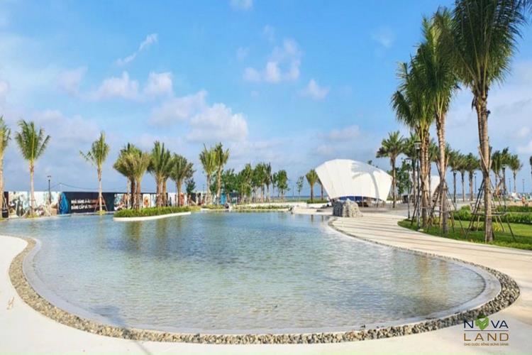 Hồ bơi nằm trong dự án Novaworld Hồ Tràm